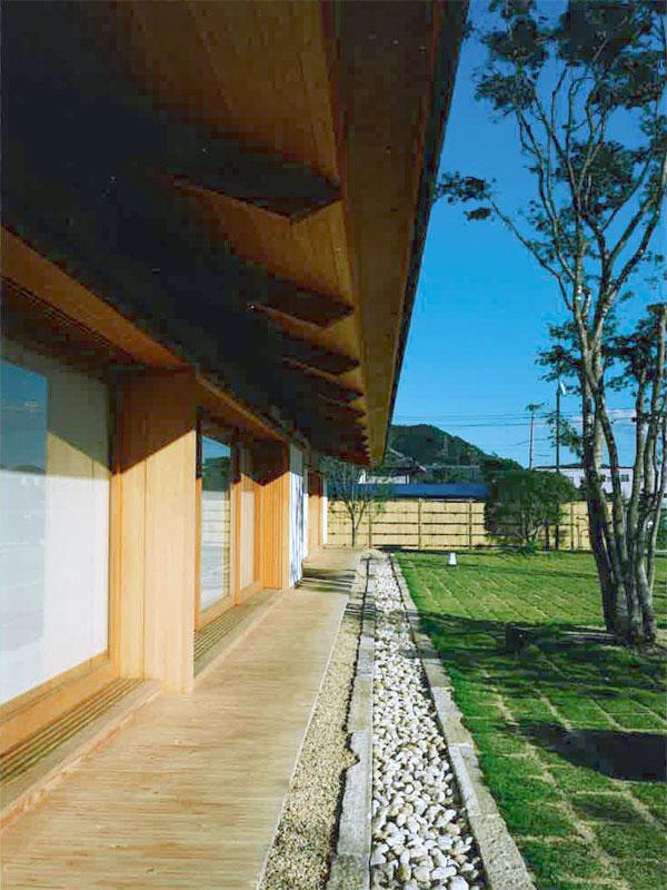高松の家 縁側