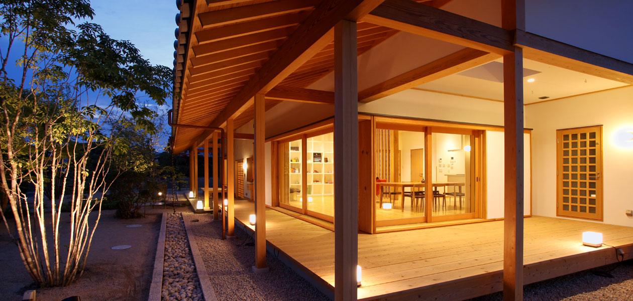 高松の家2 夜の縁側